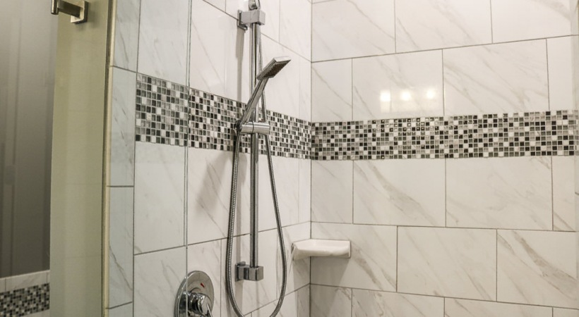 Executive Unit Tiled Showers and Bathtubs